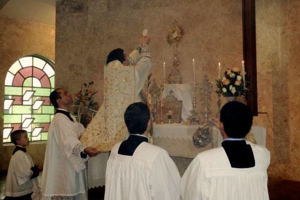 Missa Coram Sanctissimo Exposito