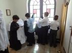 Coroinhas após a Missa