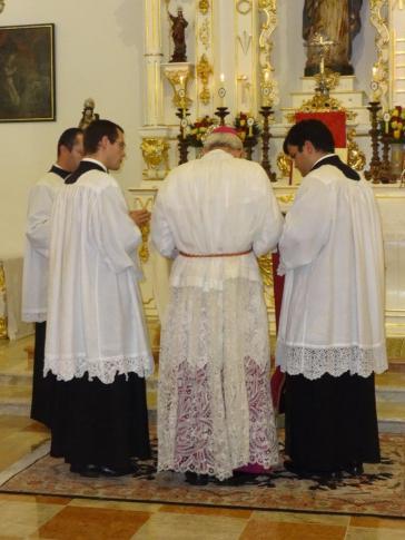 MIssa Prelatícia D. Athanasius Schneider 2-12-14 013